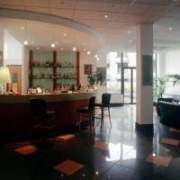 Marina Palace Hotel & Congress Hall