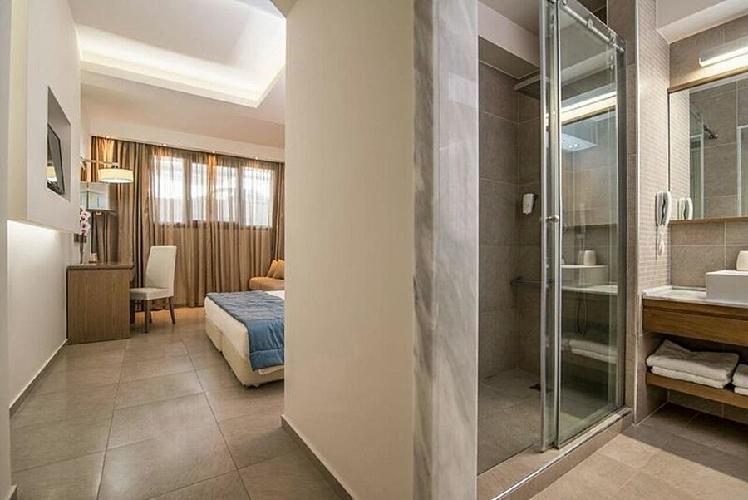 Cosmopolitan hotel spa