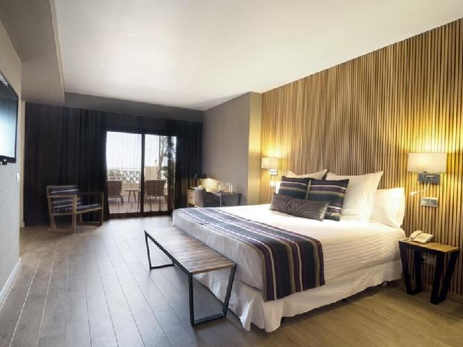 Hotel barcelo punta umbria mar punta umbria for Imagenes de habitaciones de hoteles de lujo