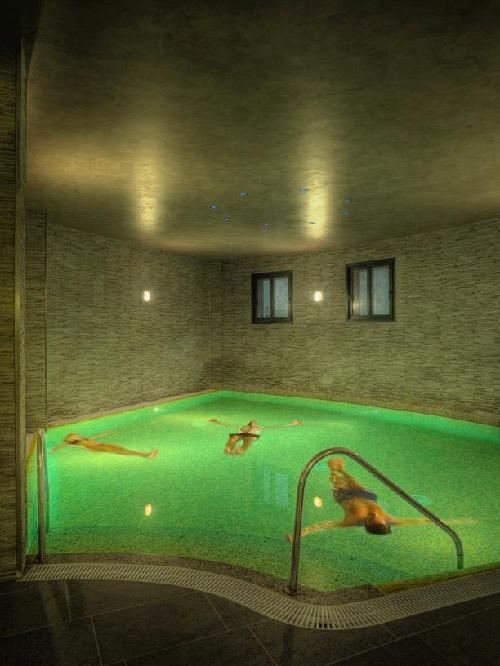 Hotel levante balneario de archena archena for Piscina archena