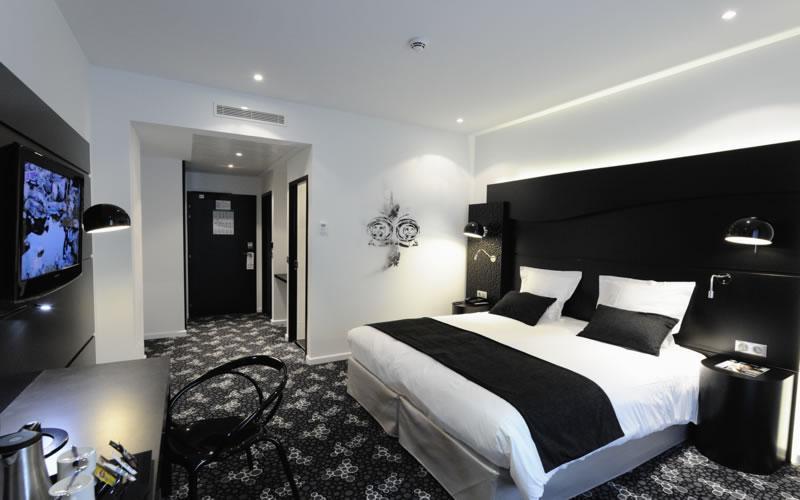 hotel quality centre del mon perpignan. Black Bedroom Furniture Sets. Home Design Ideas