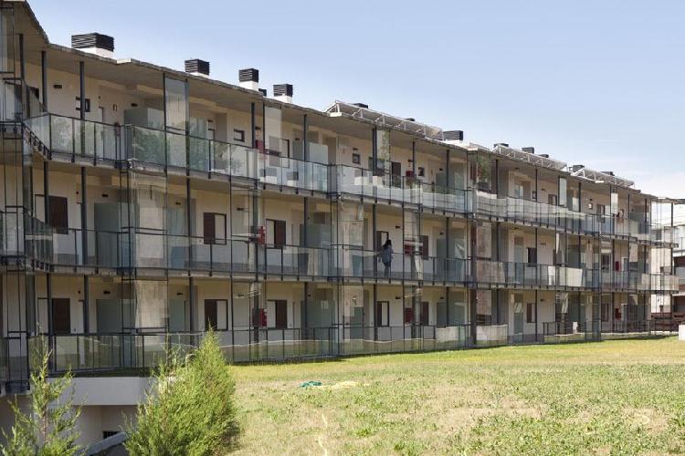 aparthotel jardines de aristi vitoria gasteiz