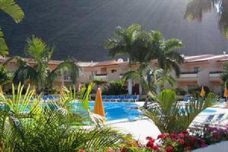 Hotel jardin del conde apartamentos valle gran rey for Jardin del conde valle gran rey