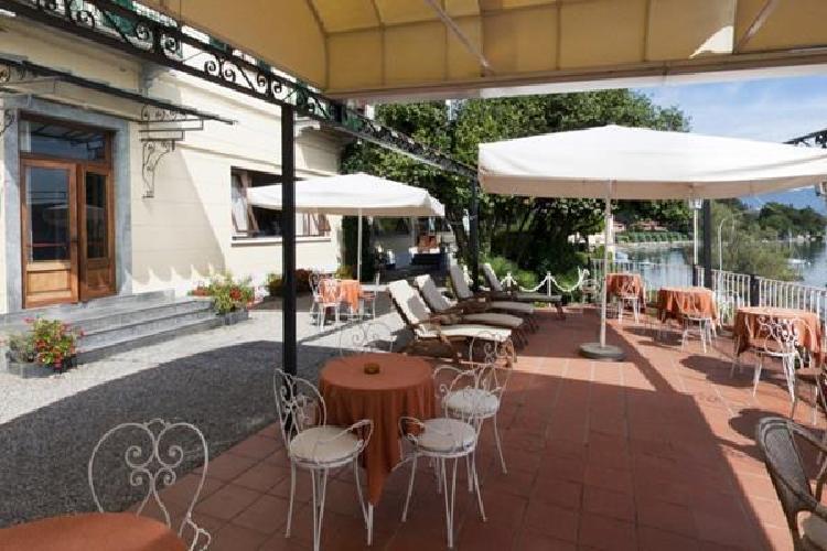 hotel villa paradiso meina novara. Black Bedroom Furniture Sets. Home Design Ideas