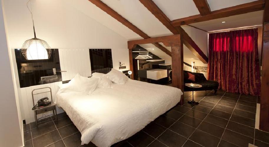 Hotel posada del leon de oro madrid for Posada puerta del sol