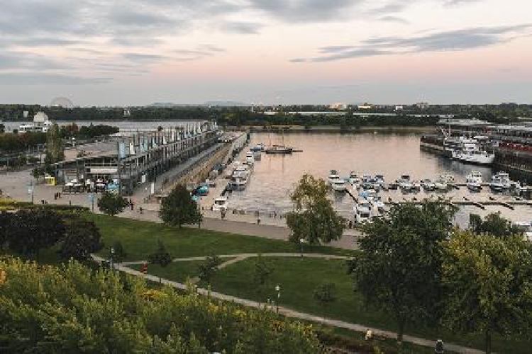 hotel auberge du vieux port signature king st paul view 1 king ab montreal