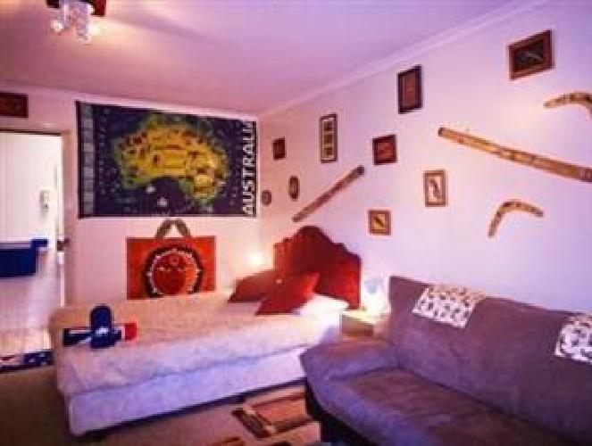 hotel maroochydore beach motel sunshine coast qld. Black Bedroom Furniture Sets. Home Design Ideas