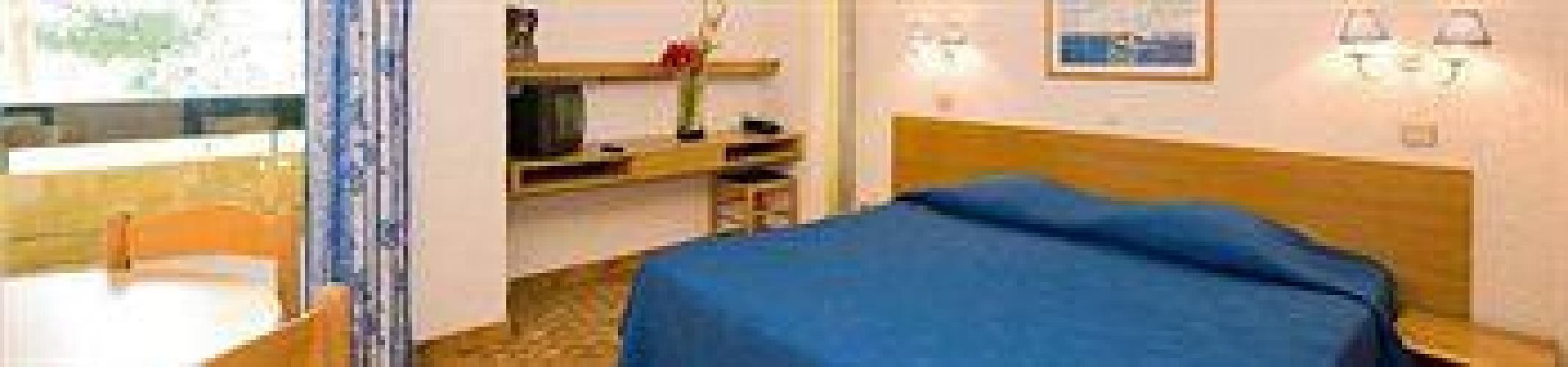 Hotel delcloy vacances bleues nice for Vacances bleues erdeven