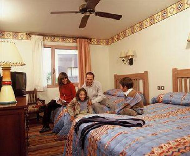 Camere Santa Fe Disneyland : Hotel disney s santa fe disneyland paris