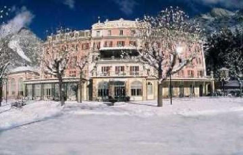 http://fotos.hotelius.com/images/hoteles/500x500/758493_foto_1.jpg