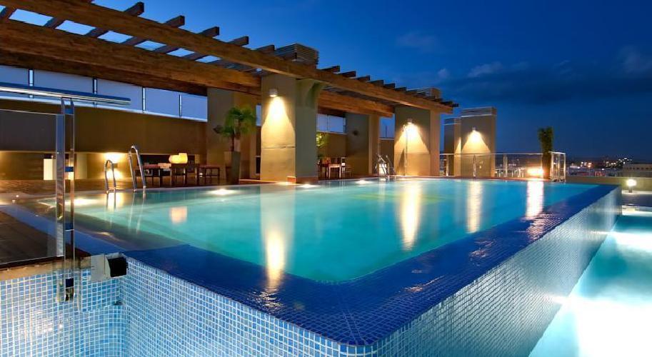 Hotel cordoba center cordoba for Hoteles en algeciras con piscina