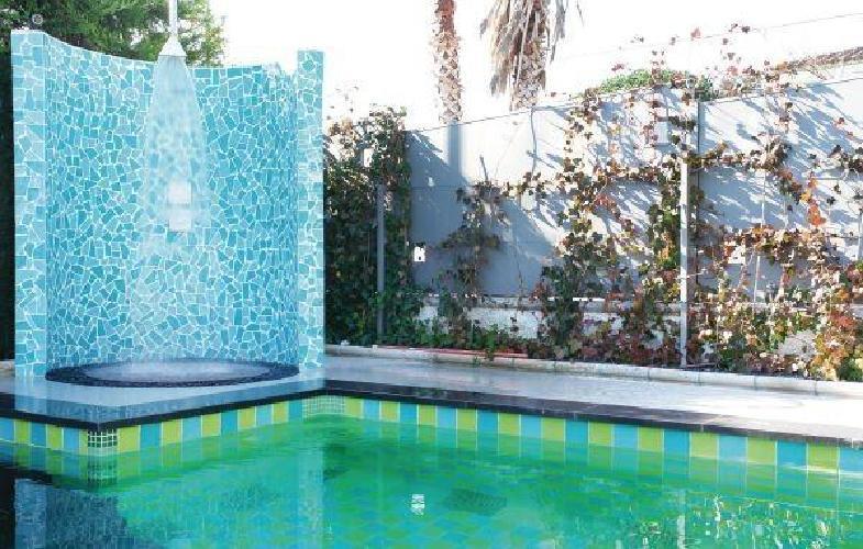311259 casa en el centro de bon relax con internet for Piscina jardin centro