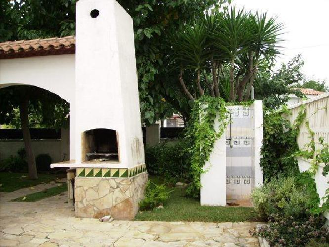 151061 casa en el centro de franc s con piscina for Piscina jardin centro
