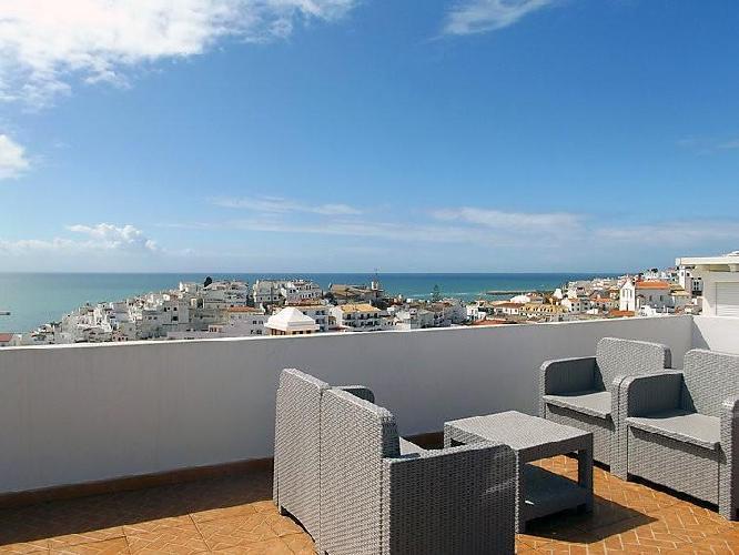 462517 casa en el centro de albufeira con aire acondicionado terraza lavadora albufeira - Apartamentos en el algarve ...