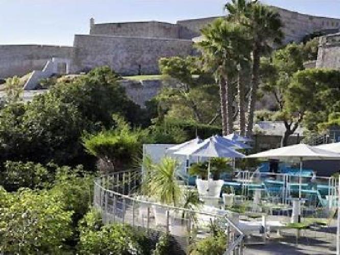 hotel novotel vieux port marseille