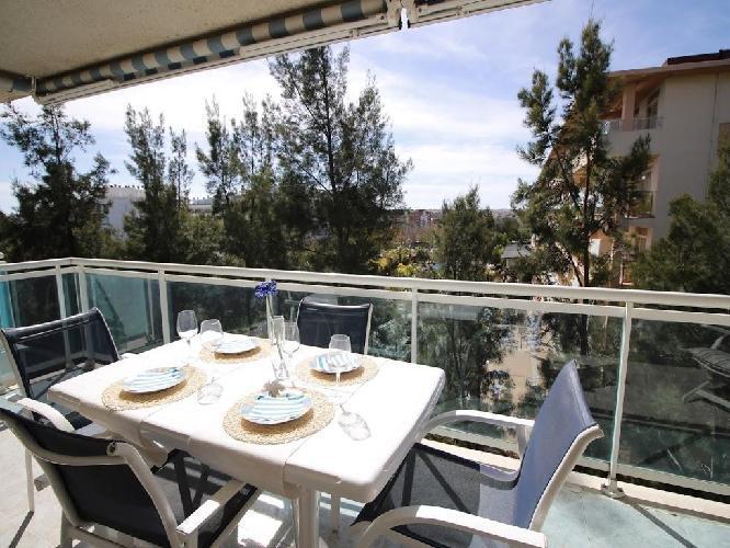 458454 apartamento en el centro de salou con piscina for Hoteles en salou con piscina