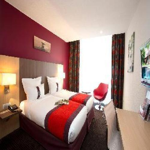 Quality hotel bordeaux centre bordeaux for Hotel moderne bordeaux
